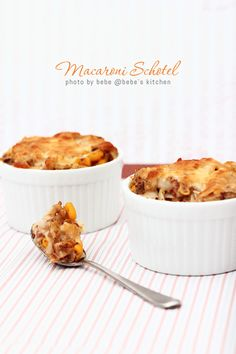 macaroni schotel- with simple ingredients you can find in your pantry.