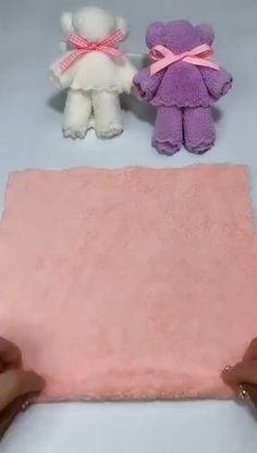Towel carries step by step Learn how to make cute teddy bears for souvenirs artesanato diy video crafts manualidadesLOVE these DIYs! 😍😍 DIY barbie shoesDIY barbie shoesTowel Bears step by step Learn how to make Diy Crafts Hacks, Diy Home Crafts, Diy Arts And Crafts, Cute Crafts, Creative Crafts, Paper Crafts, Diy Crafts Useful, Diy Crafts Videos, Diy Paper