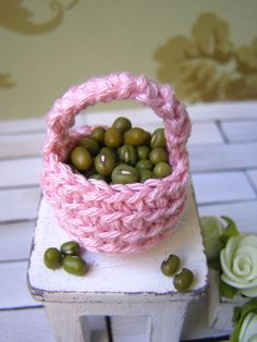 Dollhouse miniature basket crochet basket 1 12 by DewdropMinis Miniature Quilts, Dollhouse Accessories, Doilies, Dollhouse Miniatures, Serving Bowls, Baskets, Crochet, Tableware, Pink