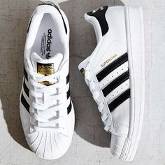 outlet store 63ac7 a917b Imagen de adidas, shoes, and superstar