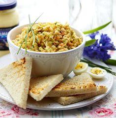 Pomazánka z kořenové zeleniny Korn, Hummus, Bread, Healthy Recipes, Ethnic Recipes, Brot, Healthy Eating Recipes, Baking, Breads