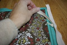 Sew Pillow with Piping and a Zipper