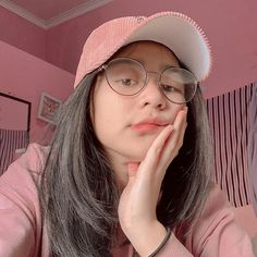 Korean Girl Photo, Cute Girl Photo, Ulzzang Korean Girl, Uzzlang Girl, Best Friend Photos, Bad Girl Aesthetic, Indonesian Girls, Selfie Poses, Insta Photo Ideas