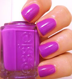 Love this color, definitley a must have for this Spring! Essie DJ Play That Song