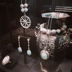 Doppelte Freude: @Thomassabo präsentiert seine erste Echtschmuck-Kollektion im neu eröffneten Store in Zürich #schmuck #zuerich #shopping #jewellery