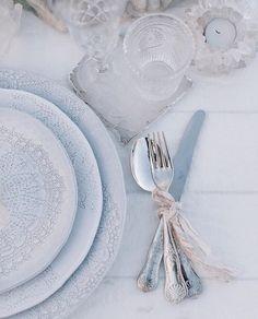 Just wow! It's all in the details   Image Source: @the_lane  #wedding #weddings #weddingplanning #weddingplanner #weddinnginspiration #ohwowyes #theknot #weddinginspo #weddingtip #weddingtips #weddingadvice #weddingideas #instawedding #instabride #instalove #weddingday #bridetobe #groomtobe #engaged #engagement #bride #groom #bridal #love #marriage #theweddingthesaurus by theweddingthesaurus