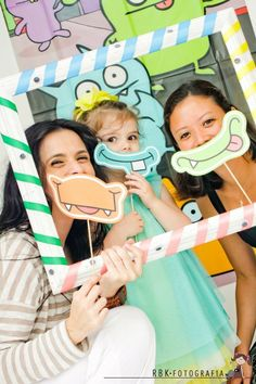 A Monster on a stick party favor!  How clever . . .fun promotional idea!