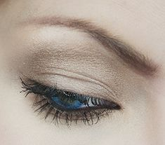Makeup for blue eyes - using drugstore products! another wonderful post by my favorite beauty guru!!! she is amazing! and this is the most perfect almost nude eye EVER