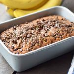 The best ever Chocolate Chip Banana Bread is always a huge hit. Moist and flavorful banana bread using butter, oil, sour cream, bananas and chocolate chips. Banana Bread With Oil, Banana Bread Muffins, Healthy Banana Bread, Best Banana Bread, Baked Banana, Zucchini Bread Recipes, Banana Bread Recipes, Banana Chocolate Chip Muffins, Pastries