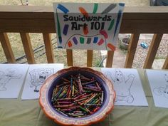 ARTS && CRAFTS Table for 2 year spongebob party idea