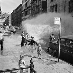 Vivian Maier: Lost Photographs Of 1950s New York
