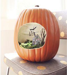 pumpkin diorama  18 Fall Party Ideas, DIYs + Printables!