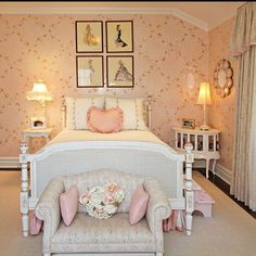 Pamela Anderson's shabby chic bedroom -
