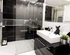 "Check out new work on my @Behance portfolio: ""Black & White Bathroom"" http://be.net/gallery/35929447/Black-White-Bathroom"