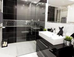 "Check out new work on my @Behance portfolio: ""Black & White Bathroom"" http://be.net/gallery/35929447/Black-White-Bathroom"