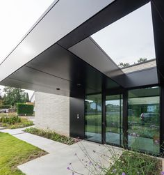 DWC HOUSE in Heverlee / by SET-OFFICE ARCHITECTS / Photo by Luc Roymans