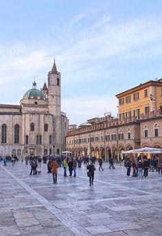 Piazza del popolo,Ascoli Piceno