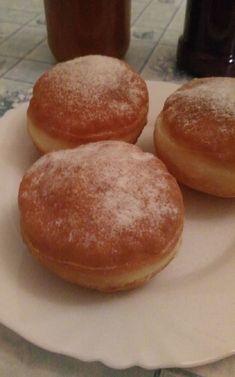 Én is mindig ezt a receptet csinálom! Donuts, Hamburger, Bread, Food, Frost Donuts, Beignets, Brot, Essen, Baking