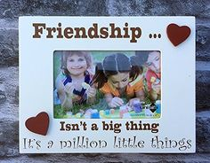 Friends Wood Photo Frame Wall Hanging Deep Boxed 6 x 4 New *** This is an Amazon Affiliate link. Click image for more details.
