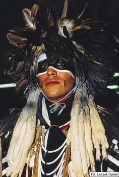 """First Nations: Thank You+ this Brave Warrior reminds Me of my foster """"UncleBrother"""" LoneTallTree..Apache He has the look like he used to give. (Are You coming with us LittleTree¿)"""