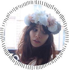 Paix & Amour lecteurs, Aujourd'hui je vous propose un DIY très Lana Del Reysquien oui oui, c'est un style à part entière, si toute fois, sa voix et sa bouche (et ses yeux et son nez) sont sujets à polémique, … Lire la suite →