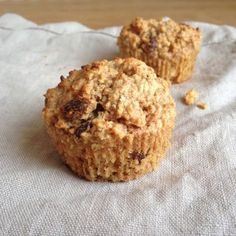 Breakfast muffins with oatmeal flour, apple and cinnamon - Air Fryer Recipes Breakfast Muffins, Best Breakfast, Breakfast Recipes, Snack Recipes, Healthy Sweets, Healthy Baking, Healthy Snacks, Good Food, Yummy Food