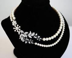 Bridal Pearl Necklace Vine Leaf Necklace swarovski par LuluSplendor, $135.00