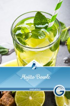 The perfect party drink for several people: The incredibly delicious Mojito punch bowl. With lots of fresh lime juice, brown sugar, white rum, a heap of mint and well-chilled prosecco, the punch remin Party Drinks, Cocktail Drinks, Cocktail Recipes, Healthy Eating Tips, Clean Eating Snacks, Healthy Smoothies, Healthy Drinks, Vodka, Vanilla Milkshake