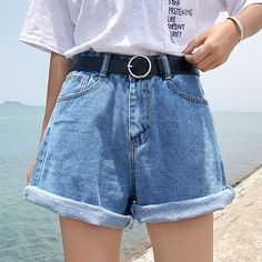 2020 Summer Miniskirt Red Skinny Jeans High Waisted Boyfriend Jeans - Source by hoobydooby - Denim Shorts Outfit, Mom Jeans Shorts, Denim Outfits, Cool Outfits, Summer Outfits, Women's Shorts, Comfy Shorts, High Waist Jeans Shorts, Casual Shorts