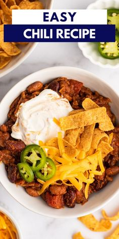 This simple and easy chili recipe can be made in one pot in a little over half an hour and with only a handful of pantry staple ingredients. It's perfect for weeknight dinners.