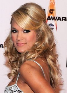 love love love her hair! and CARRIE UNDERWOOD !!!!!!!!!!!!