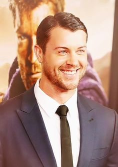 Dan Feuerriegel (Agron) @ Spartacus: War of the Damned PREMIERE (via imdb)