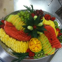 Fruit Tray el melon verde y chino intercalandos se ven super!