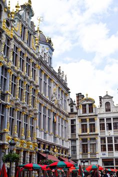 A Brussels Weekend in 20 Photos Baroque Architecture, Western Art, Dream Life, Townhouse, Westerns, Street View, Europe, Black And White, City
