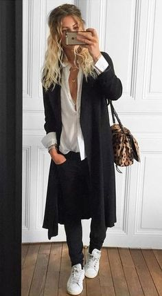 Bello look casual Mode Outfits, Fall Outfits, Casual Outfits, Fashion Outfits, Womens Fashion, Fashion Trends, Look Fashion, Autumn Fashion, Mode Ootd
