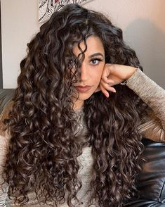 Meet Ayesha Malik, who's got the glamorous curly crown. Here she tells us about how she started taking care of her curls, and her message to all the curly beauties. hair styles Goddess of Curls // Spisha Curly Hair Styles, Big Curly Hair, Curly Hair Tips, Natural Hair Styles, Long Natural Curls, Curly Hair Care, Permed Long Hair, Girls With Curly Hair, Hairstyle For Curly Hair