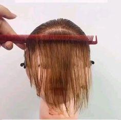 Hair Cutting Videos, Hair Cutting Techniques, Hair Videos, Easy Hair Cuts, Short Hair Cuts, Hair Up Styles, Medium Hair Styles, Balayage Hair Tutorial, Hair Hacks