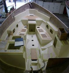 A Dana 24 under construction with the inner liner bonded in. [Image courtesy of Benjy]