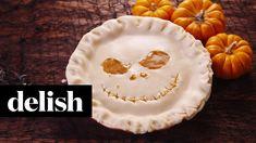 Jack Skellington Pumpkin Pie DIRECTIONS 1. Preheat oven to 425 degrees F. 2. In a medium-sized saucepan over medium-low heat, combine pumpkin purée, salt, sp...