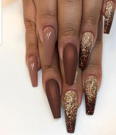 50 Incredible Ombre Nail Designs That Will Look Amazing In Every Season ombrenail ombrenaildesign ombrenailpolish nails 662803270141052375 Bronze Nails, Gold Nails, Glitter Nails, Bronze Gold, Oval Nails, Gold Glitter, Ombre Nail Designs, Acrylic Nail Designs, Nail Art Designs