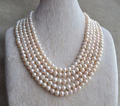 Long Pearl necklace Ivory real pearl necklaces by goodgoodjewelry Real Pearl Necklace, Long Pearl Necklaces, Freshwater Pearl Necklaces, Pearl Beads, Pearl Jewelry, Glass Jewelry, Nice Jewelry, Royal Jewelry, Ring Necklace