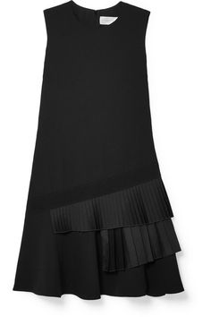 Victoria, Victoria Beckham - Asymmetric Pleated Crepe Mini Dress - Black Source by netaporter Black Dresses Victoria Beckham, Black Women Fashion, Womens Fashion, Fashion Top, Fashion Styles, Cheap Fashion, Classic Black Dress, Mini Vestidos, Victoria Dress