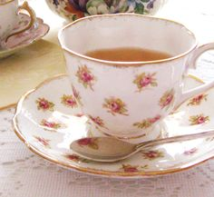 Rose Chintz Cottage: An Easter Tea for Tea Time Tuesday