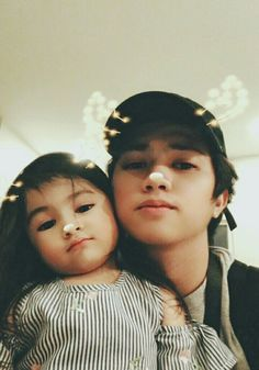 Ranz Kyle with Baby Taliaa❤️💖 Ranz Kyle, Siblings Goals, Gamer Pics, Youtube Stars, Tumblr Boys, Brother Sister, Bts Wallpaper, Dancers, Youtubers