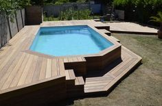 Having a pool sounds awesome especially if you are working with the best backyard pool landscaping ideas there is. How you design a proper backyard with a pool matters. Swimming Pool Landscaping, Small Backyard Pools, Above Ground Swimming Pools, Small Pools, Swimming Pools Backyard, Swimming Pool Designs, In Ground Pools, Oberirdische Pools, Pool Deck Plans
