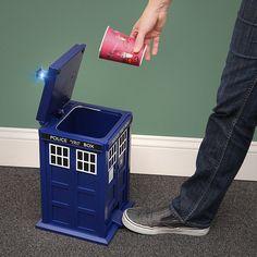 Dr Who TARDIS Flip Top Pedal Trash Bin $89.99