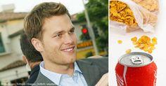 """El quarterback cuatro veces campeón del Super Bowl, Tom Brady llamó Coca-Cola y Frosted Flakes """"veneno""""; en una reciente entrevista. http://articulos.mercola.com/sitios/articulos/archivo/2015/11/03/tom-brady-pelea-contra-la-industria-de-la-comida-chatarra.aspx"""