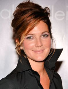 Drew Barrymore..like the hair color