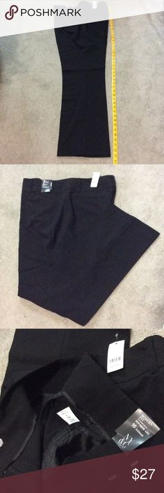 NY&C 7th Avenue Straight Leg Pant NWT Brand new black dressy pants stretch with 4%spandex, 3%rayon, and 64%polyester material, back pockets and two side pockets, two hooks and one button zipper closure New York & Company Pants Straight Leg