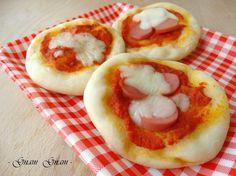 Pizzette soffici al latte | Ricetta